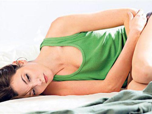 Джин исполняет любое желание домохозяйки в красном порно видео